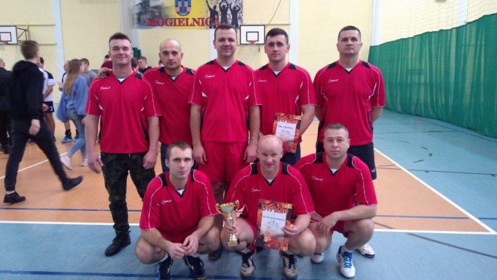 Puchar dla reprezentacji strażaków z KP PSP w Białobrzegach!